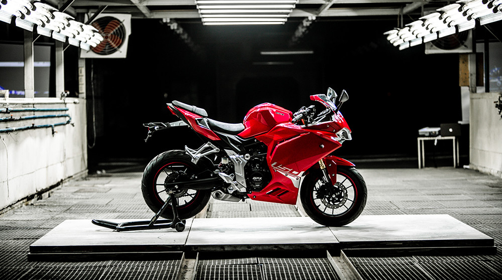 ¿Quieres una Panigale asequible? Atentos a esta copia Ducati