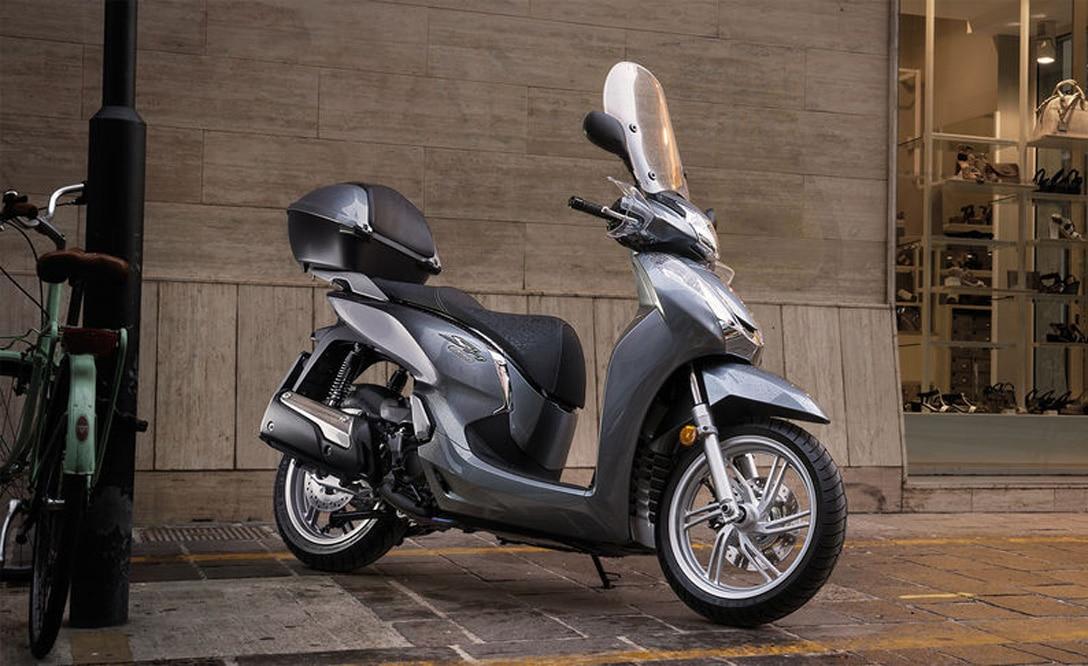 Honda-SH300i-2018-5