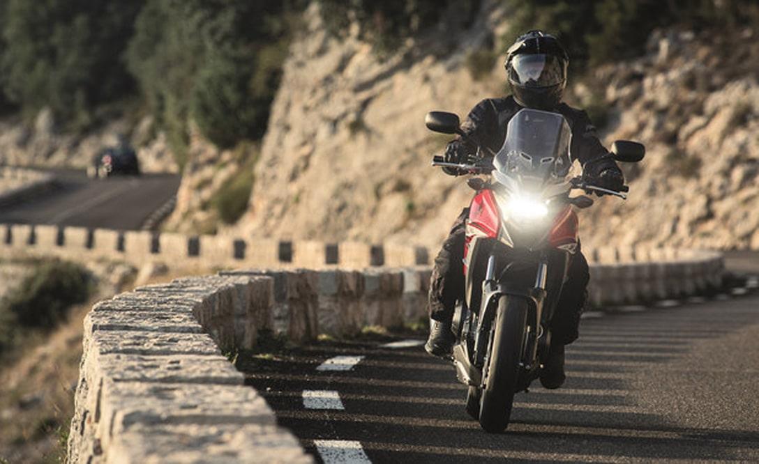 Honda CB500X 2018 ficha técnica y fotos