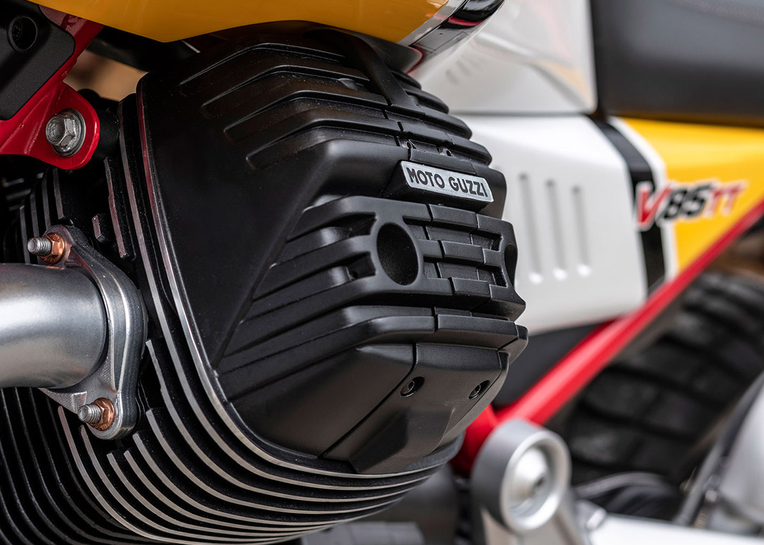 moto-guzzi-v85-tt-2019-6