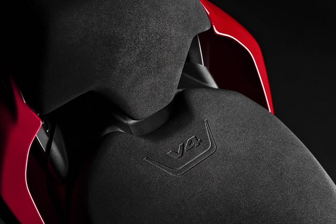 Ducati Streetfighter V4 S 2020 (14)