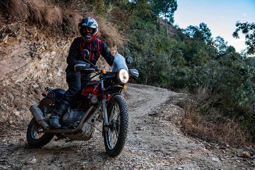 Royal Enfield Himalayan 2020: ficha técnica y fotos
