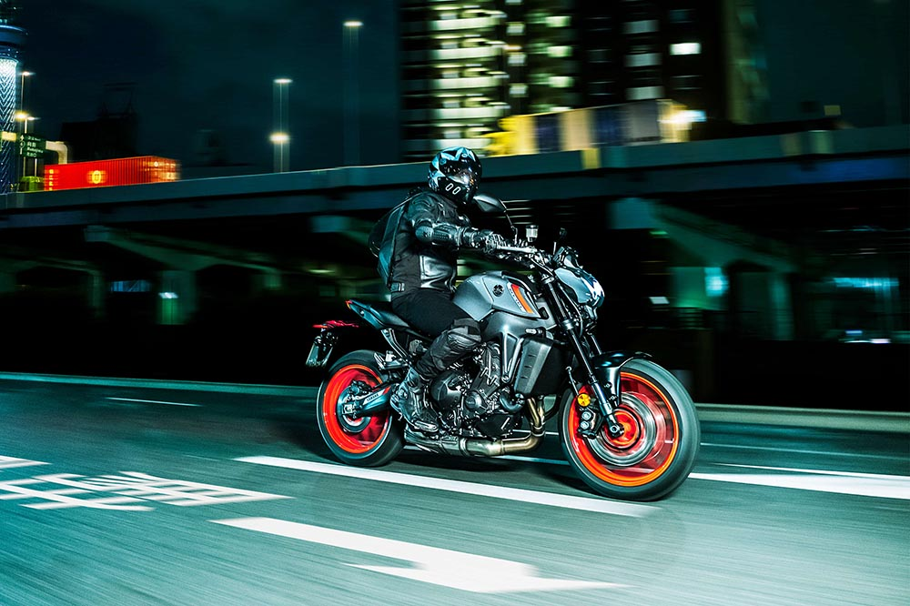 Yamaha MT-09 2021: más radical y potente